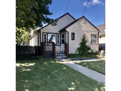 7424 14th Ave  Kenosha, WI MLS# 1712878