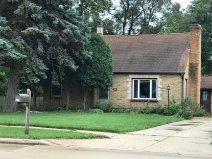 737 College Ave  South Milwaukee, WI MLS# 1712885