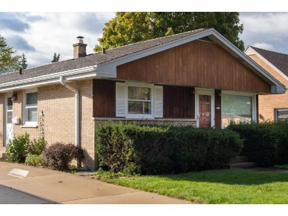 4731 S 23rd St  Milwaukee, WI MLS# 1712903