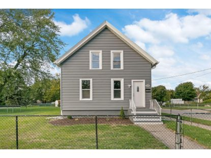 1600 50th St  Kenosha, WI MLS# 1712927