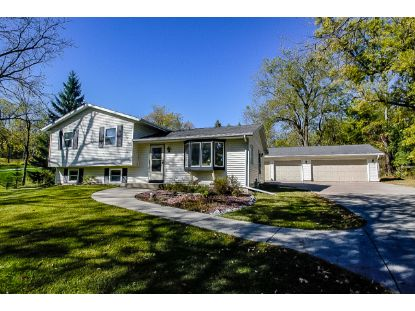 W300N2887 Maple Ave  Pewaukee, WI MLS# 1713233
