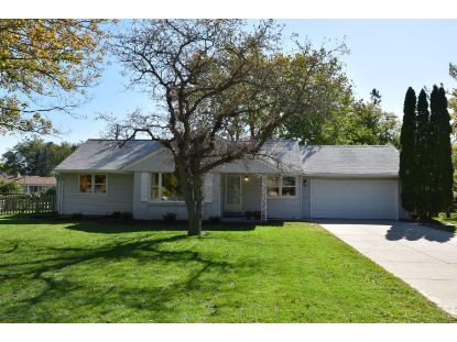 16535 Louis Ln  Brookfield, WI MLS# 1713284