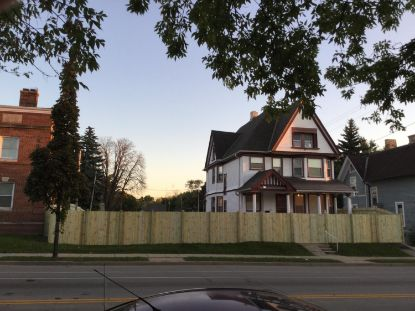124 W North Ave  Milwaukee, WI MLS# 1713359