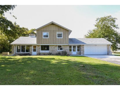 W208S8285 Hillendale Dr  Muskego, WI MLS# 1713507