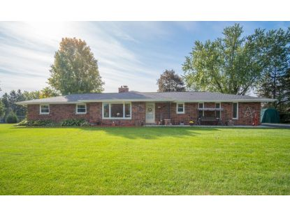 1220 Oakwood Manor Dr  Hubertus, WI MLS# 1713537