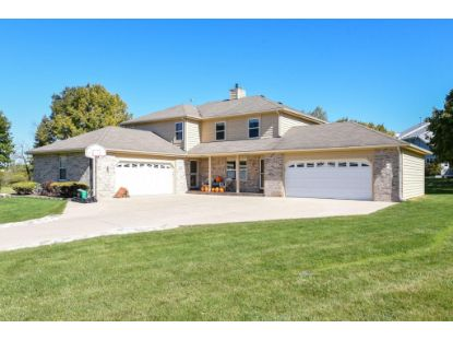 W184S8536 Dean Ct  Muskego, WI MLS# 1713680