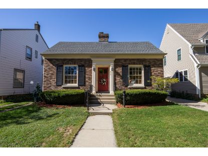 812 Lathrop Ave  Racine, WI MLS# 1713777