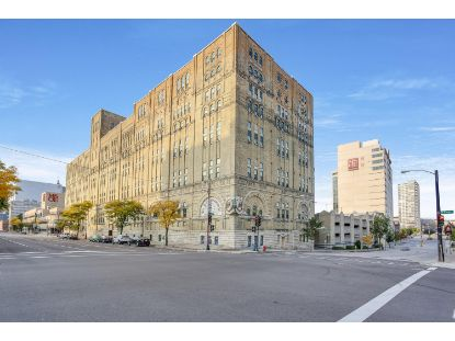 270 E Highland Ave  Milwaukee, WI MLS# 1713862