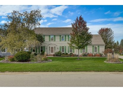 14340 W Fieldpointe Dr  New Berlin, WI MLS# 1713882