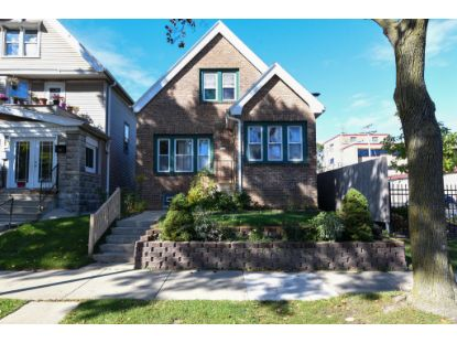 1537 S 29th St  Milwaukee, WI MLS# 1714147