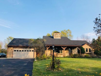 12066 N Willow Glen Ct  Mequon, WI MLS# 1714179