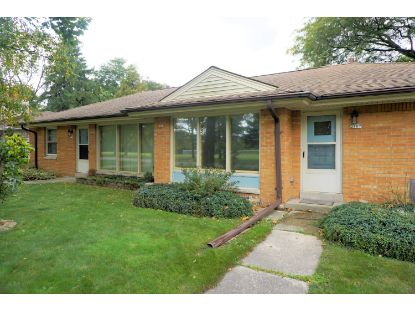 2105 N 122nd St  Wauwatosa, WI MLS# 1714353