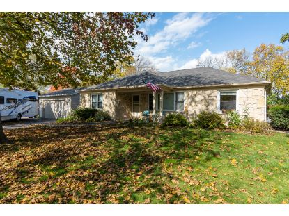 9822 W Ruby Ave  Wauwatosa, WI MLS# 1714618