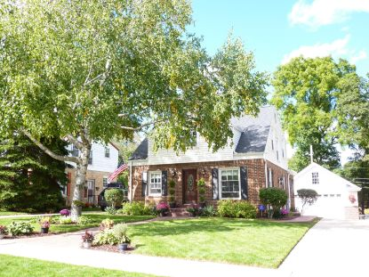 4816 W Cleveland Ave  Milwaukee, WI MLS# 1714641