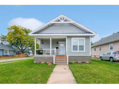 7303 16th Ave  Kenosha, WI MLS# 1714804