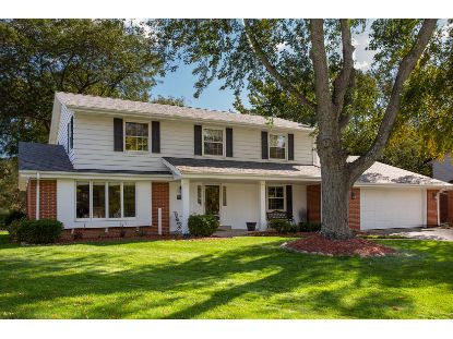 12546 N Jonquil Ct  Mequon, WI MLS# 1714975