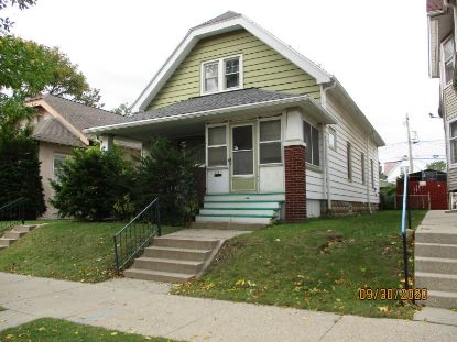 1547 S 29th st  Milwaukee, WI MLS# 1715022