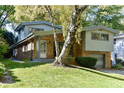 3279 N Knoll Ter  Milwaukee, WI MLS# 1715141
