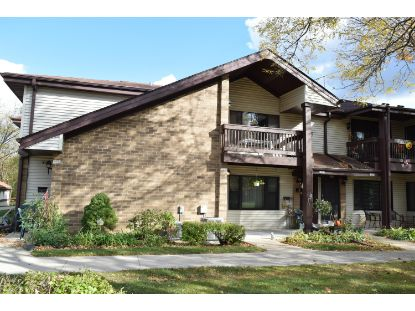 1602 S Coachlight Dr  New Berlin, WI MLS# 1715198