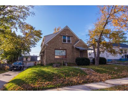 4859 S 7th St  Milwaukee, WI MLS# 1715238