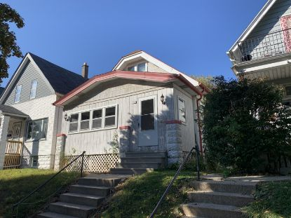 2563 S 34th St  Milwaukee, WI MLS# 1715282