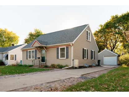 1122 Losey Blvd S  La Crosse, WI MLS# 1715316