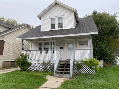 6104 30th Ave  Kenosha, WI MLS# 1715350