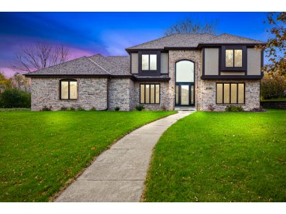 2901 Brendon Way  Waukesha, WI MLS# 1715379