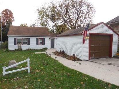 1642 S Triangle Ave  New Berlin, WI MLS# 1715387