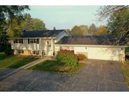 1620 Greenview Dr  Brookfield, WI MLS# 1715413