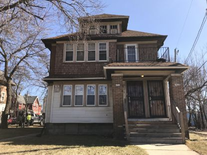 1818 N 30TH St  Milwaukee, WI MLS# 1715429