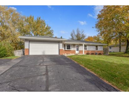 S77W17394 St Leonards Dr  Muskego, WI MLS# 1715618