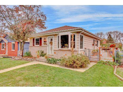 4938 N 90th St  Milwaukee, WI MLS# 1715717