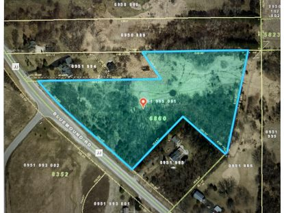 Lt1 Bluemound Rd  Pewaukee, WI MLS# 1715793