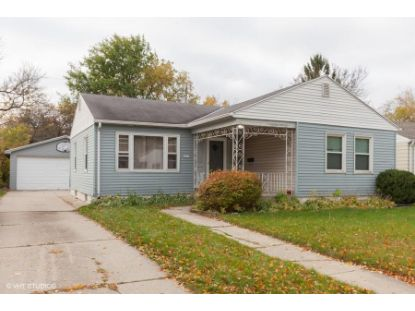 2231 W Rohr Ave  Milwaukee, WI MLS# 1715846