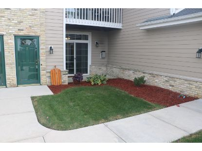 1030 River Place Blvd  Waukesha, WI MLS# 1715910