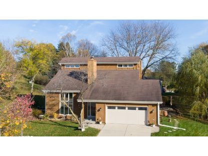 2905 West View Ct  Waukesha, WI MLS# 1716036