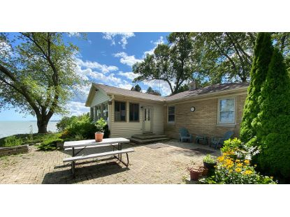 411 13th St  Kenosha, WI MLS# 1716239