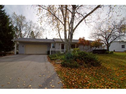 W143 Belleview Ave  Oconomowoc, WI MLS# 1716697
