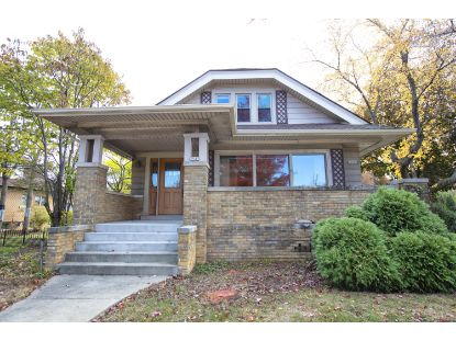 3945 W Forest Home Ave  Milwaukee, WI MLS# 1716745