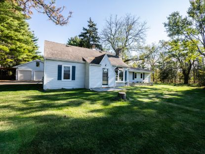 W299N2990 Maple Ave  Pewaukee, WI MLS# 1716786