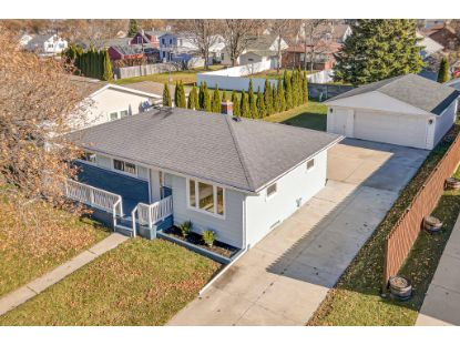 1521 N 22nd St  Sheboygan, WI MLS# 1718580