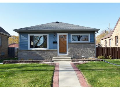 3825 S 52nd St  Milwaukee, WI MLS# 1718603