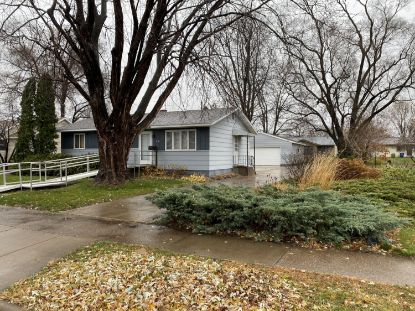418 9th Ave N  Onalaska, WI MLS# 1718672