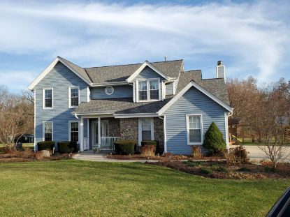 36595 Country Cove Ct  Oconomowoc, WI MLS# 1719161
