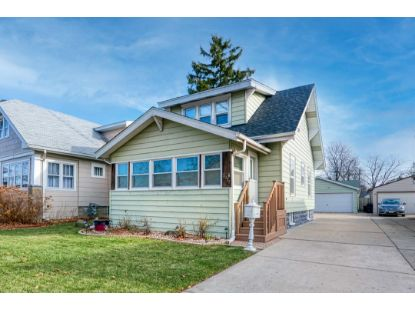 3917 18th Ave  Kenosha, WI MLS# 1719375