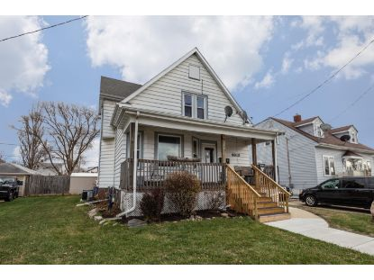 4613 24th Ave  Kenosha, WI MLS# 1719532