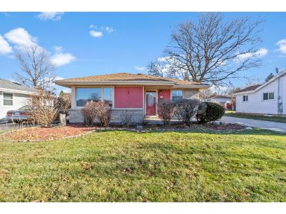 6674 N 91st St  Milwaukee, WI MLS# 1719600