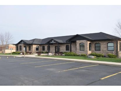 835 N Geneva Pkwy  Lake Geneva, WI MLS# 1722028