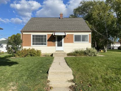 4042 S 52nd St  Milwaukee, WI MLS# 1723227
